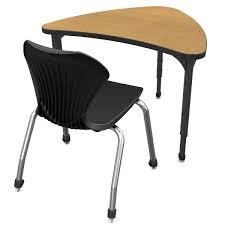 Apex Series Chevron Student Desks & 18
