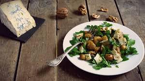 comment cuisiner le cresson salade de panais rôtis au cresson artichaut et cerise