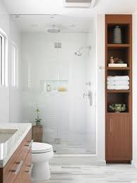 Small Modern Bathrooms Pinterest by Best 25 Very Small Bathroom Ideas On Pinterest Bath Decor