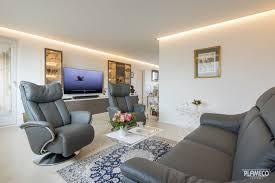 wohnzimmer gemütliche sitzecke plameco decken