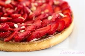 tarte aux fraises pate feuilletee tarte aux fraises crème amandes et crème pâtissière vanillée