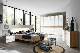 schlafzimmer aargau in kernbuche teilmassiv farbglas