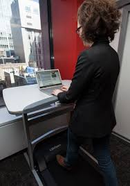 Lifespan Treadmill Desk Dc 1 by Is The Lifespan Tr 1200 Dt5 Treadmill Desk Over Hyped My Review