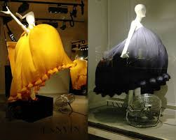 What Could Be More Simple But Beautiful Than This Lanvins Paris Windows Make Mannequins Come To Life Wearing Colorful Dresses And Those Priceless