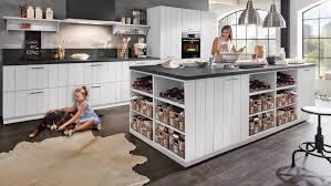 landhaus inselküche lisboa culineo mit front in lack matt seidengrau