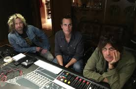 listen to previously unreleased stone temple pilots song only