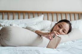 check deinen schlaf so funktioniert schlafüberwachung zu