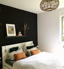 schlafzimmer dunkel streichen caseconrad