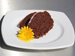 dinkel kakao kuchen mit mandeln