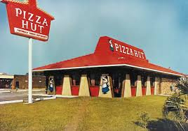 TBT The Story Of Pizza Huts Red Roof Hut Life Official Blog