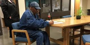 Front Desk Agent Salary Las Vegas by O J Simpson Caught On Camera For First Time Since Release From Prison