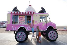 NEWS: Skoda's Giant FREE Ice Cream Van