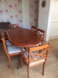 Priced Reduced Dining Table And 6 Chairs 2 Carvers With Matching Sideboard In Very