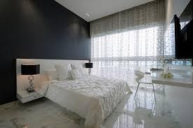 luxus schlafzimmer klein schwarze akzentwand marmor