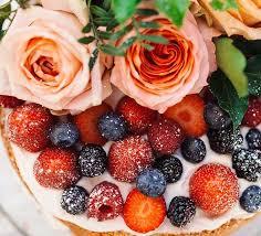 torte backen rezept für erdbeertorte fruchtig locker und