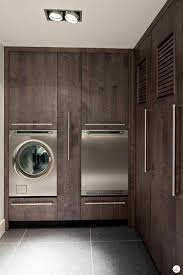 Ultra Luxurious And Modern Laundry