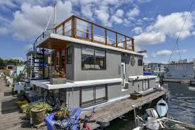 100 Lake Union Houseboat For Sale Layers Of Views In This Gas Works Park Houseboat