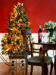 Plantable Christmas Trees For Sale by How To Decorate A Christmas Tree Hgtv U0027s Decorating U0026 Design Blog