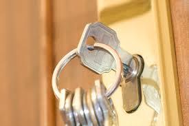 maßnahmen wenn der schlüssel im schloss steckt