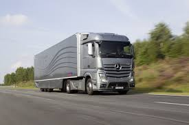 100 Aerodynamic Semi Truck MercedesBenz Premieres And Trailer