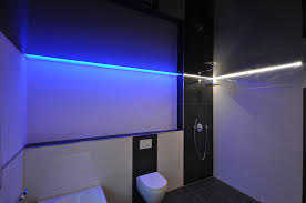 spanndecke in schwarz hochglanz bad wc decke renovieren