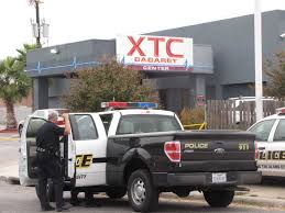 Shooting Suspect Later Shoots Self - San Antonio Express-News Trucking Jobs In San Antonio Relay Truck Driver Class A Full Time How A Truck Driver Might Not Know They Are Hauling People Cargo Cdllife Companies Robert Heath Oilfield Houston Tx Best Resource Rolys Company Freight Drayage Tx 78205 One Last Visit To My Spot For 2012 1912 4 Jarco Transport Heavy Flatbed Hauling Guerra Truck Center Duty Repair Shop Select Sand Gravel Coyville Texas Proview Us Closes Trucking Firm Tied Smuggling Case Loop News Large Tld Logistics Offers Services Traing