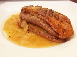 cuisiner le magret magret dodu et doré au miel d orange recette de magret de canard