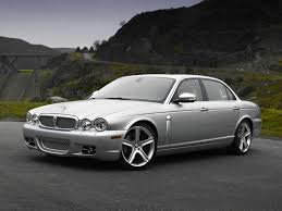 Jaguar XJ8 Sedan Models Price Specs Reviews