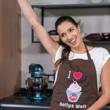 saliha özcan sallys welt und ihre bücher youtuberin
