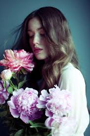 694 best Women and Flowers images on Pinterest
