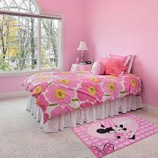 chambre minnie mouse minnie mouse rug great kidsbedrooms the children bedroom