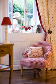 Adventures In Decorating Curtains by Best 20 Gingham Decor Ideas On Pinterest Country Porches