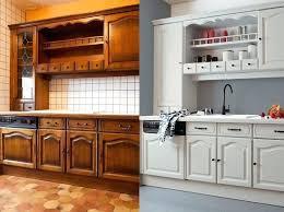 cuisine meuble bois quelle peinture pour meuble cuisine bois blanc en de lzzy co