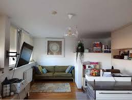 wohnzimmer mit kreativem eck