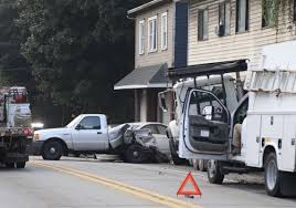 100 Commercial Truck Routes Dump Truck Crash Into Building Shuts Down Route 51 In Crescent