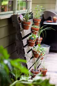 Hanging Clay Pot Pallet Planter Gardening Ideas DIYHowto Create A Garden