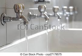 stahl hähne badezimmer wasser hochschule strömend
