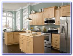 kitchen color schemes with light oak cabinets painting home