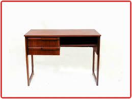bureau acajou bureau acajou vintage ées 1960 meubles design vintage
