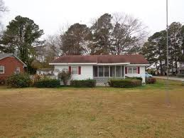 Big Red Shed Goldsboro Nc by Pikeville Nc Real Estate Pikeville Homes For Sale Realtor Com