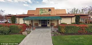 Mother suing Olive Garden after ting so sick at lunch she had
