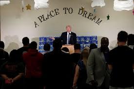 Halloween Usa Flint Michigan by Donald Trump Calls Flint Pastor Who Interrupted Him A