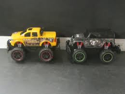 2 Remote Control Trucks / Jeep & Ram / UNTESTED As Is Electric Remote Control Redcat Volcano Epx Pro 110 Scale Brushl Cc Global 2018 Renault K 460 84 With An Rsp Suction Excavator Gas Cars And Trucks Rc Car News Greeley Co Jackwagon Us Intey Amphibious 112 4wd Off Road Monster Rock Crawling 118 Road Vehicles Military Generic Deexopbabrit F11 24ghz Wireless Controls Bring Benefits To Fire Gulf Crawler Truck Charging Climb Boys Toys Kids Tractor Radio Toy Model Toys Tipper Dump