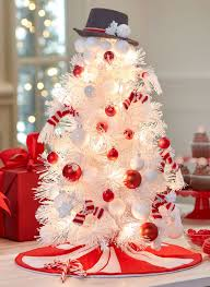 This Is Such A Fun Loving And Beautiful Christmas Tree Presented As Snowman White Decorated With Red Ornaments