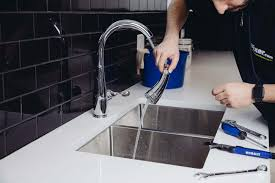How To Repair A Leaky Kitchen Faucet Diy How To Fix A Faucet Fixer