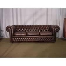canapes anglais canapé chesterfield en cuir vert anglais capitonné en assise