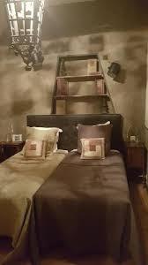 hotel et dans la chambre chambre de hotel ร ปถ ายของ hotel de l abbaye longpont tripadvisor