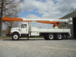100 Altec Boom Truck 1997 International 4900 Bucket Flatbed 72
