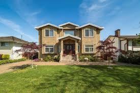 100 Saratoga Houses 4425 Court Burnaby Zoloca