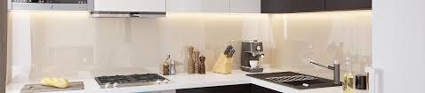 küchenrückwand glas farbig lackiert zuschnitt nach maß